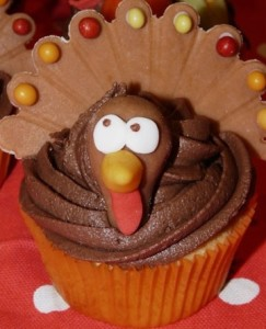 50-thanksgiving-cupcakes-thankful--large-msg-135215525593
