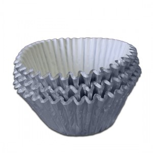 Silver-Foil-Baking-Cake-Cases-Pack-of-45-300x300