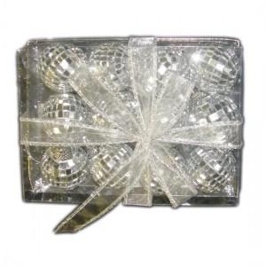 silver-mirror-baubles-300x300