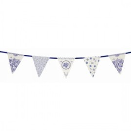 porcelain-blue-triangle-paper-bunting-4m-300x300