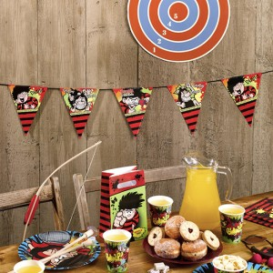 dennis-the-menace-triangle-bunting-2.5m-300x300