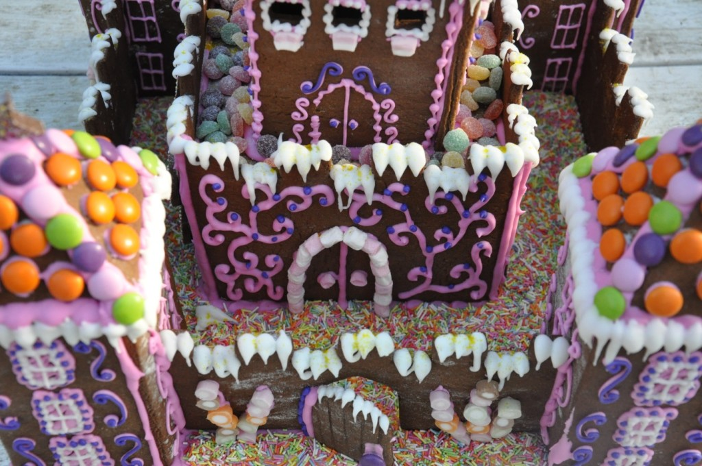 The finished princess gingerbread castle!