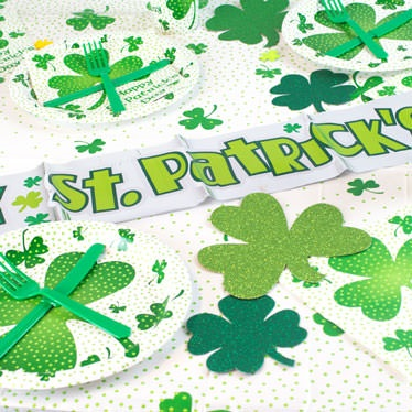 St-Patricks-Day-Tableware