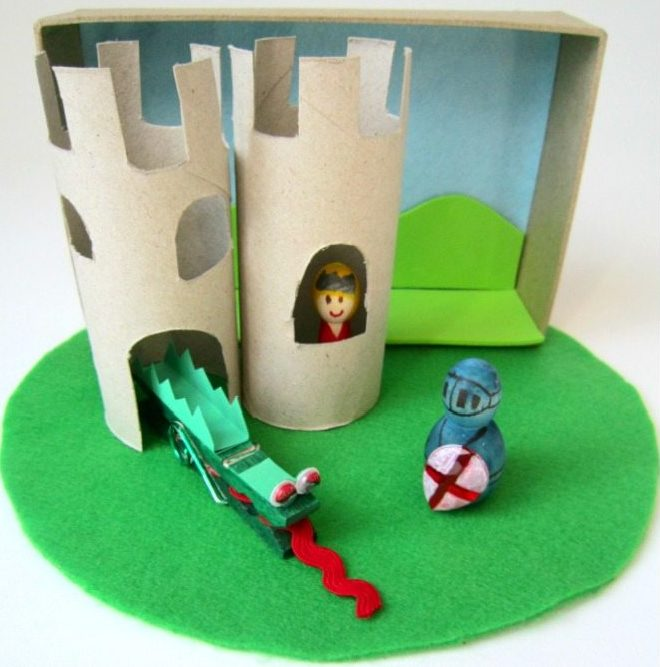 Make A St George And The Dragon Castle