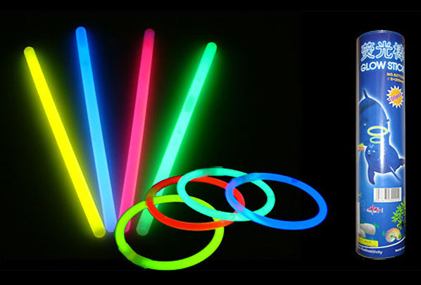 Glow Sticks by Partyrama