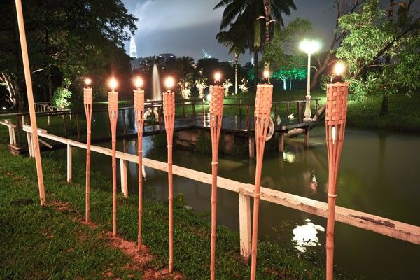 Bamboo Torches by Partyrama